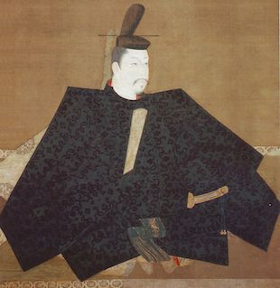 Believed to be a portrait of Yoritomo Minamoto (Image via Wikimedia Commons, public domain)