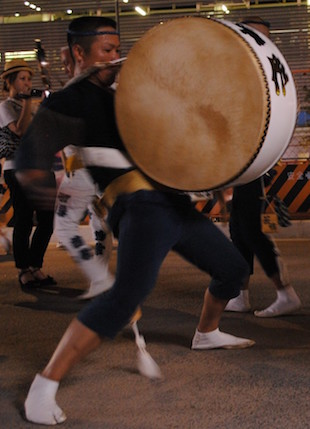 Awa odori drummer